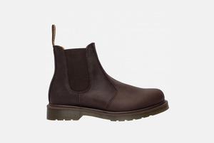Забыть про кроссовки: 18 пар мужской обуви на осень