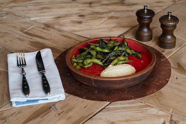 Второй Meat Point наТверской, кафе «Одесса-мама» иGlenuill. Изображение № 5.