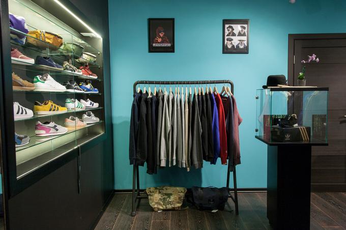 НаПолтавской открывается магазин мужской одежды «Ленинградец» . Изображение № 2.