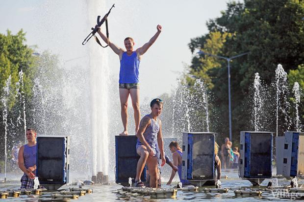 Люди в городе: Как отмечали День ВДВ в парке Горького. Изображение № 25.