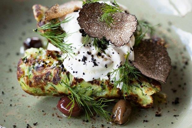 Меню Shake Shack, роллы с местной рыбой в «Свои люди», кафе Ламберти в Aizel. Изображение № 7.