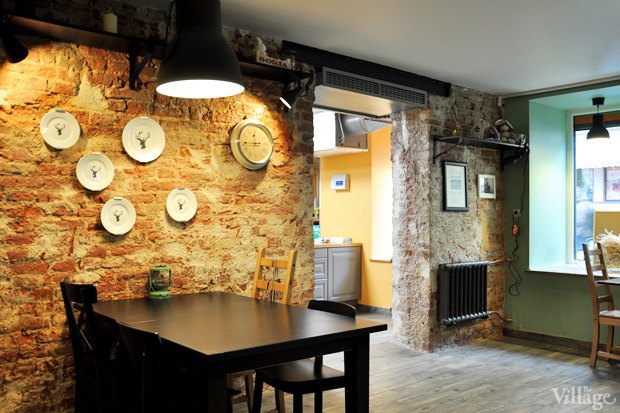 В Апраксином переулке открылось «хипстерское кафе». Изображение № 1.