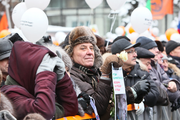 Митинг «За честные выборы» на проспекте Сахарова: Фоторепортаж, пожелания москвичей и соцопрос. Изображение № 46.
