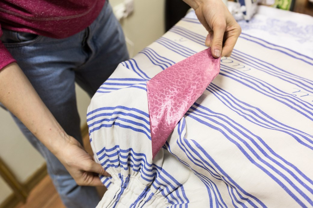 Как художницы-феминисткистали шить юбки для женщин имужчин. Изображение № 8.
