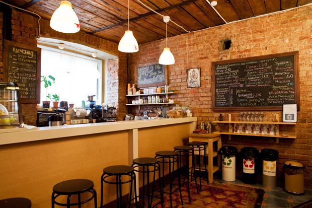 Смешной формат: Кафе при магазинах, студиях йоги исалонах красоты. Изображение № 16.