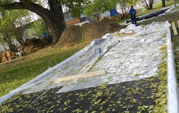 В парке Горького начали строить самый большой каток в Москве. Изображение № 8.