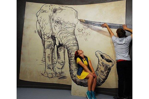 Куратор музеев власти иэротики открывает «Музей иллюзий». Изображение № 1.