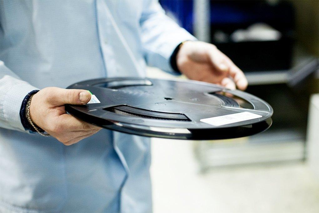 Производственный процесс: Как делают платы для электроники. Изображение № 4.