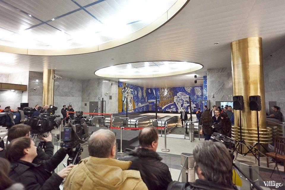 Фоторепортаж: Станции метро «Международная» и«Бухарестская» изнутри. Изображение № 17.