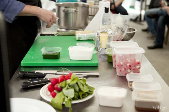 Omnivore Food Festival: Илья Шалев и Алексей Зимин готовят три блюда из редиса и черемши . Изображение № 3.