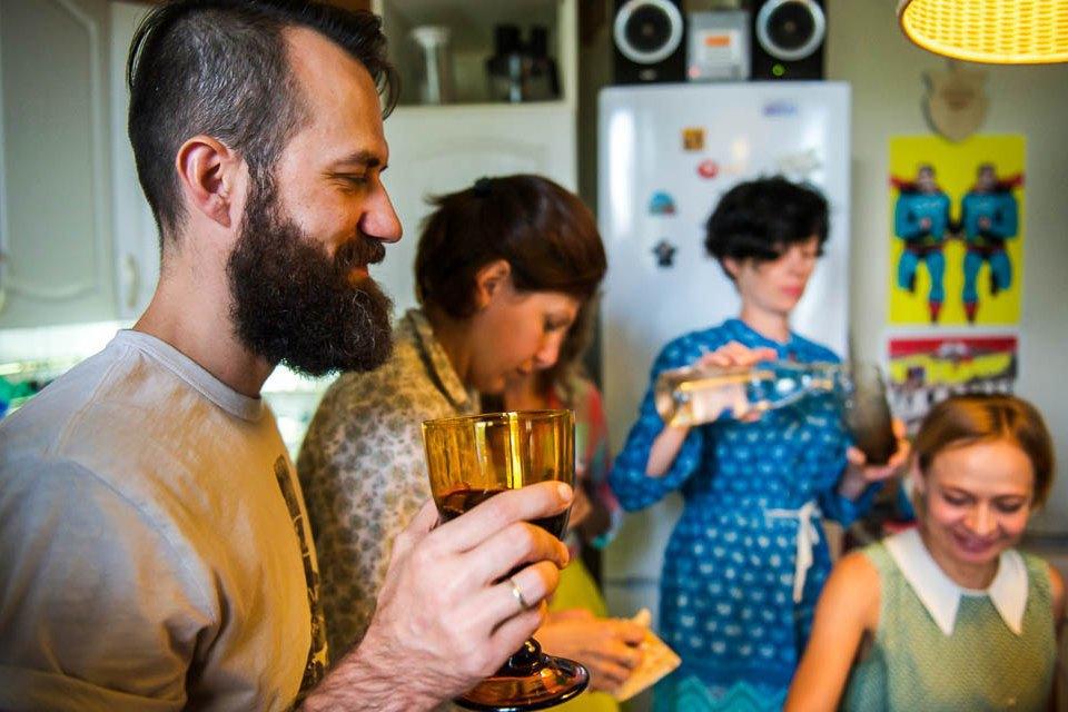 Кто изачем устраивает домашние званые ужины иобеды вМоскве. Изображение № 45.
