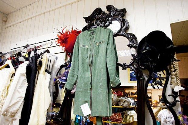Куда отдать ненужную одежду вМоскве: Часть 2. Изображение № 4.