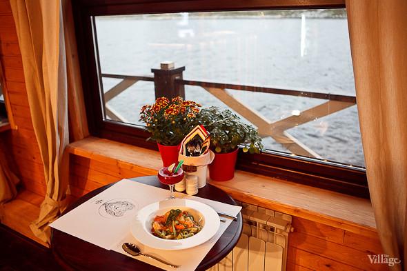 Ригатоне из томатов, шпината и шафрана с соусом «Цукини гамберто» — 310 рублей . Изображение № 30.