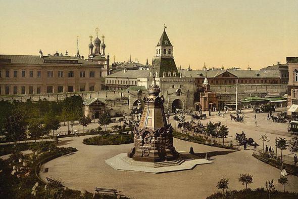 Площадь Ильинские ворота и памятник героям Плевны.. Изображение № 5.