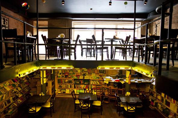 После прочтения съесть: 5 кафе при магазинах. Изображение № 29.