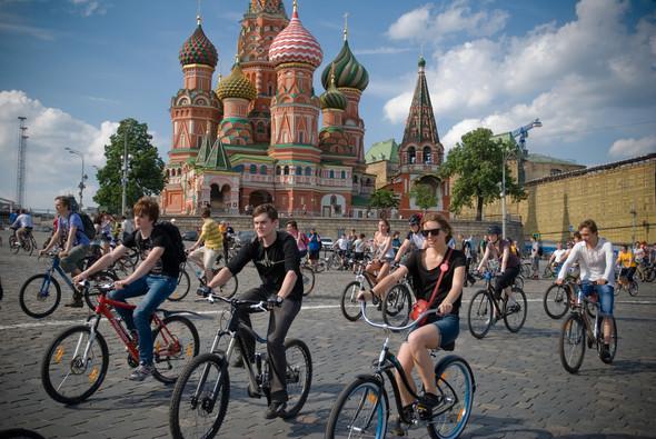 Велопарад Let's bike it!: Чего не хватает велосипедистам в городе. Изображение № 24.