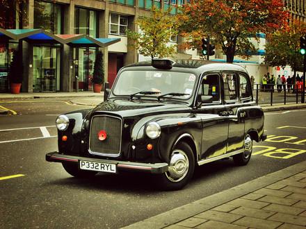 Работа на извоз: 8 мегаполисов в борьбе с нелегальным такси. Изображение № 1.