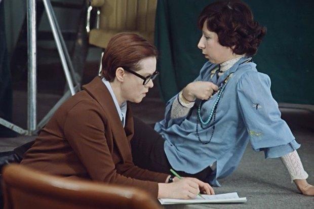 Кадр из фильма «Служебный роман». Изображение № 8.