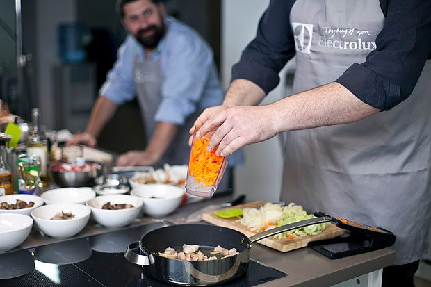 Шеф дома: Грузин и итальянец готовят по рецептам бабушек. Изображение № 91.