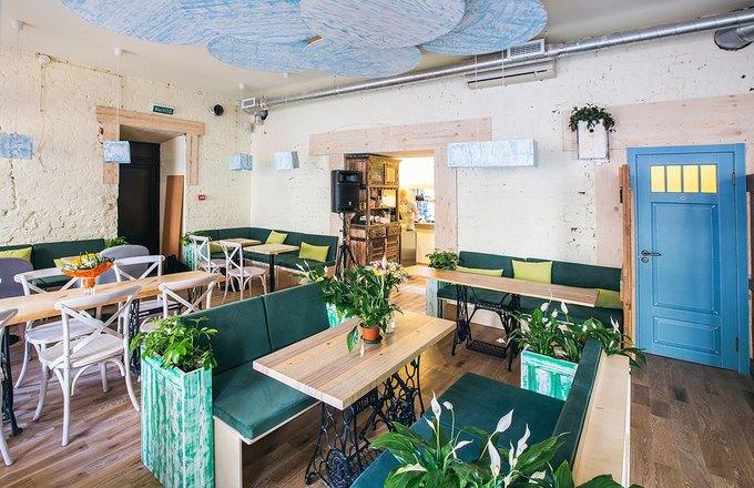 Новое вегетарианское кафе «Укроп» открылось на«Чернышевской» . Изображение № 3.