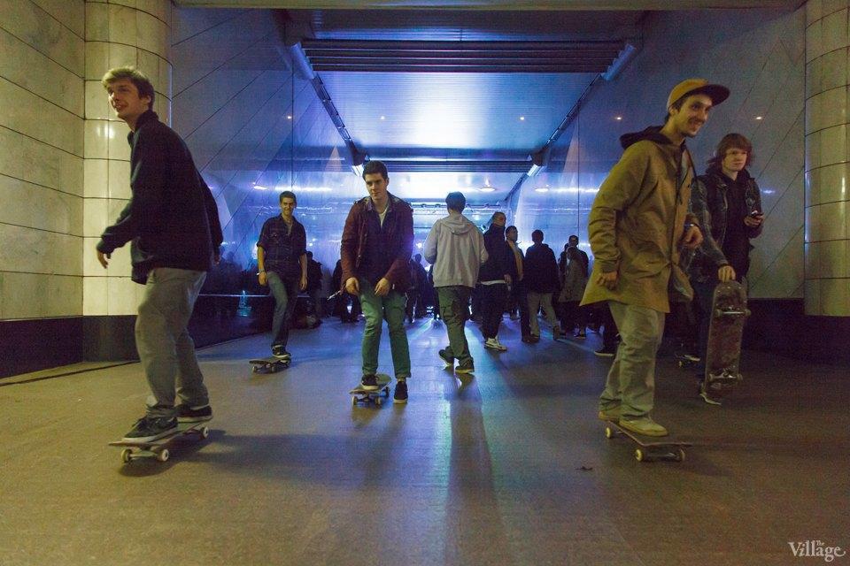 Фото ночи: Скейтерский чемпионат в метро. Изображение № 3.