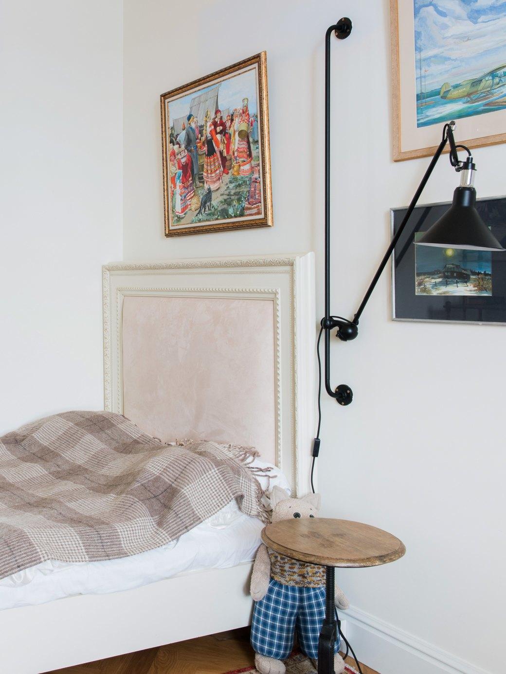 Квартира с антикварной мебелью ввысотке на Котельнической. Изображение № 7.