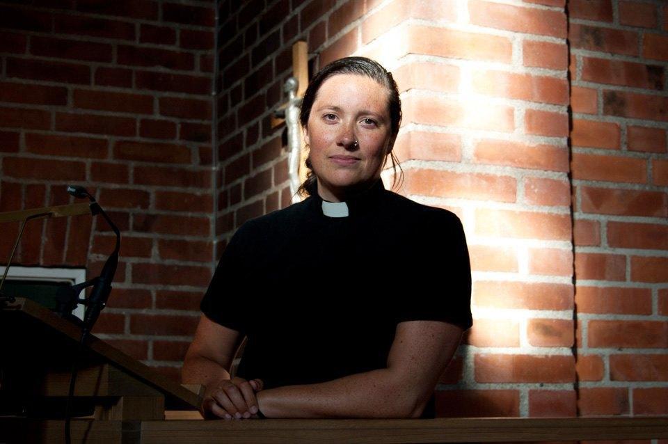 Каково быть священником-лесбиянкой влютеранской церкви. Изображение № 1.