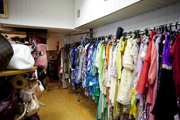 Гид по секонд-хендам и винтажным магазинам: 11 мест в Москве. Изображение № 127.