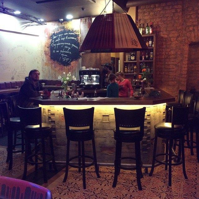 На месте «Мороженицы» наРубинштейна открылся бар «Сайгон»  . Изображение № 1.