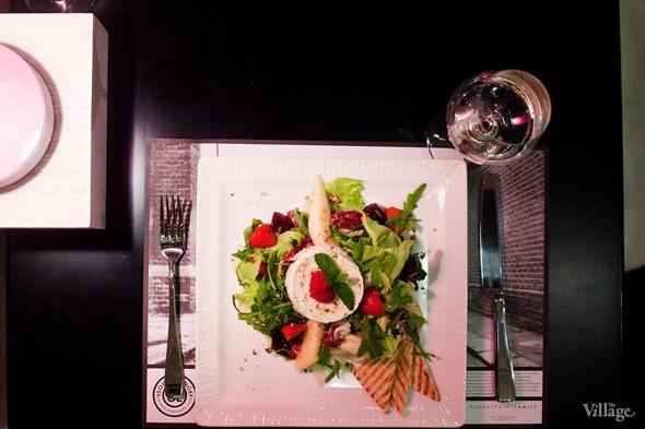 Салат со взбитым козьим сыром — 490 рублей. Изображение № 37.