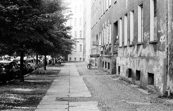 Изображение 4. Восточный Берлин (часть 2).. Изображение № 6.