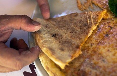 Впоисках лучшей пиццы «Маргарита» . Изображение № 22.