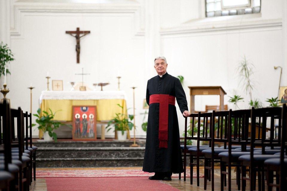 Настоятель англиканской церкви Саймон Стивенс оботъезде изРоссии. Изображение № 2.