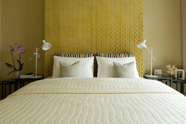 Как изголовье кровати может изменить внешний вид спальни. Изображение № 6.