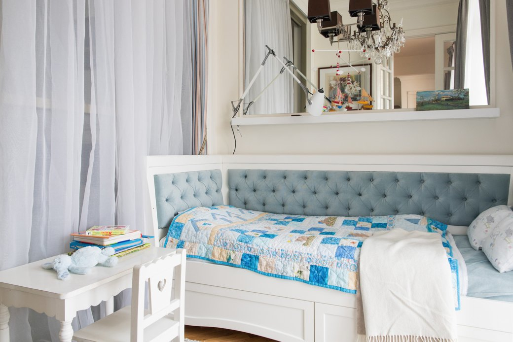 Квартира с антикварной мебелью ввысотке на Котельнической. Изображение № 8.