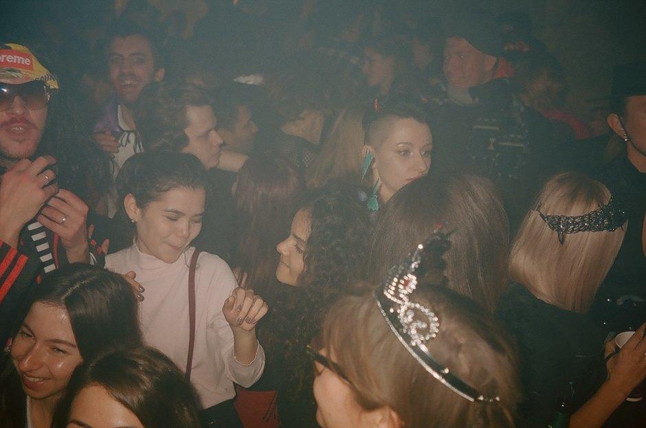 Музыка закрытых зарубежных вечеринок