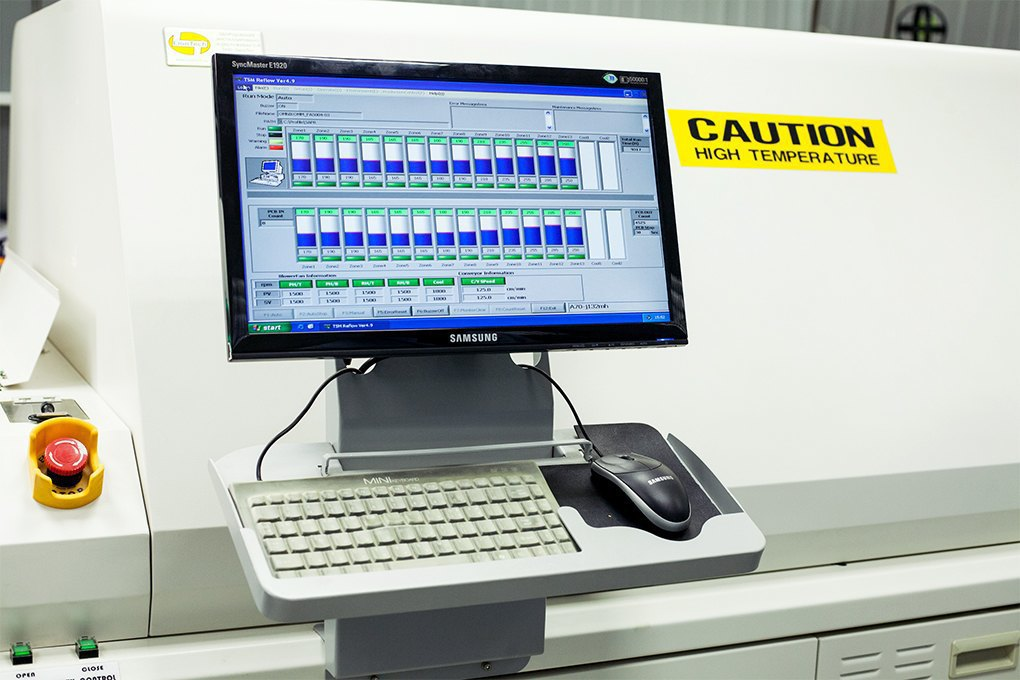 Производственный процесс: Как делают платы для электроники. Изображение № 21.