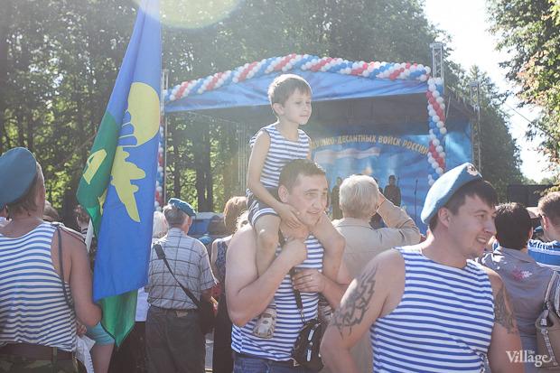 Фоторепортаж: День Воздушно-десантных войск в Петербурге. Изображение № 10.