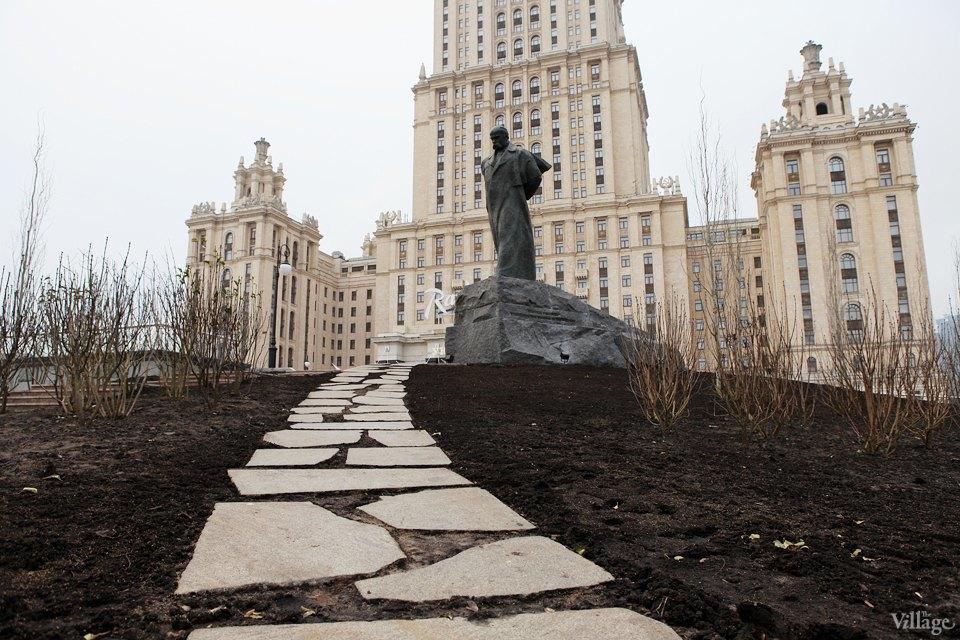 Фоторепортаж: Сквер угостиницы «Украина». Изображение № 8.