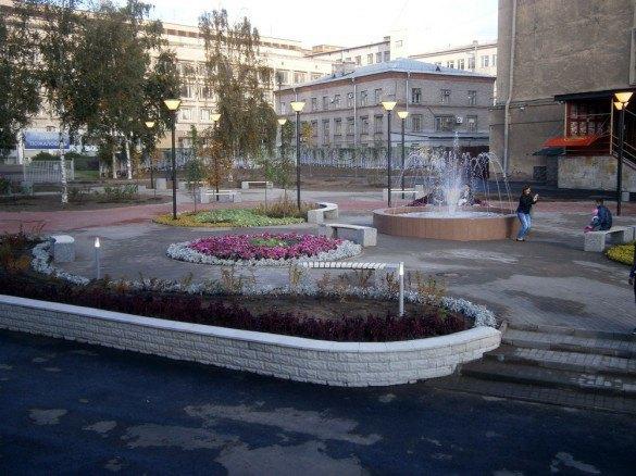 Рядом с«Нарвской» появилась зона отдыха сфонтаном. Изображение № 2.