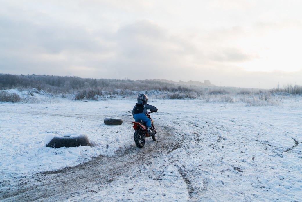 Мотодетки: Маленькие мотоциклисты иихродители — отом,зачем ребёнку гонки. Изображение № 11.