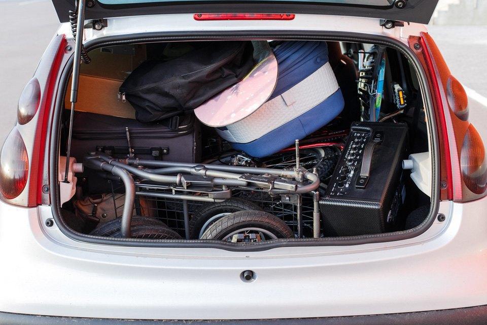Диван, чемодан, саквояж: Что влезет вгородскую малолитражку. Изображение № 22.