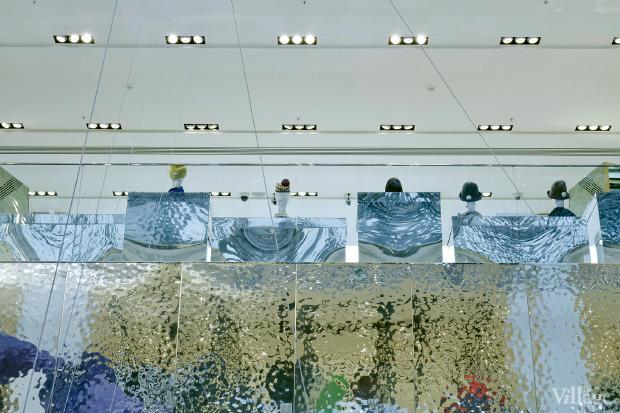 Поставить на вид: 9магазинов снеобычными интерьерами. Изображение № 137.