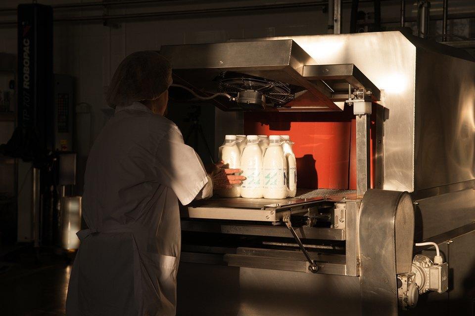 Как делают молочные продукты. Изображение № 23.