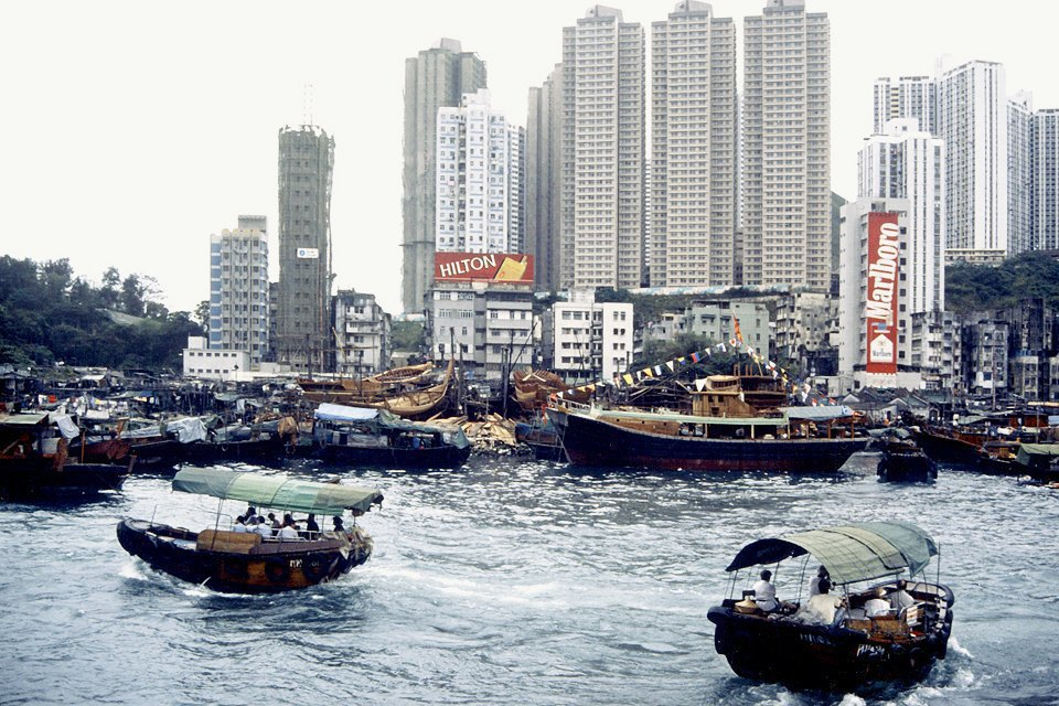 Жилой массив: Каквыглядит массовая застройка вПариже, Гонконге идругих городах. Изображение № 20.
