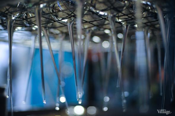 Сплошное надувательство: Фабрика елочных игрушек изнутри. Изображение № 16.