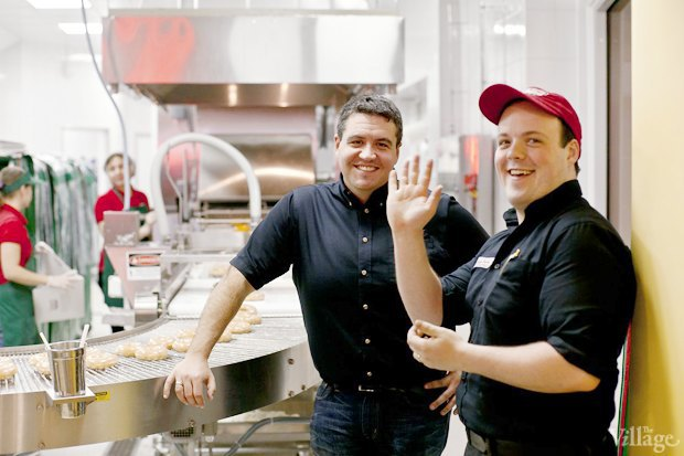 Саша Боярская опончиковой Krispy Kreme. Изображение № 9.