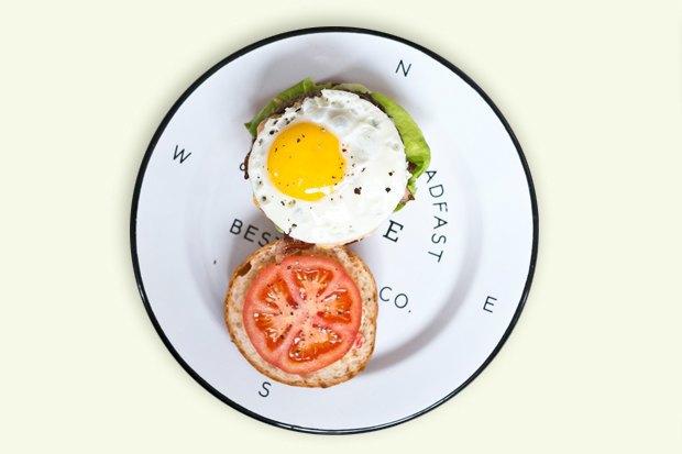 Завтракидома: Утренний бургер изкафе TheBurgerBrothers. Изображение № 1.