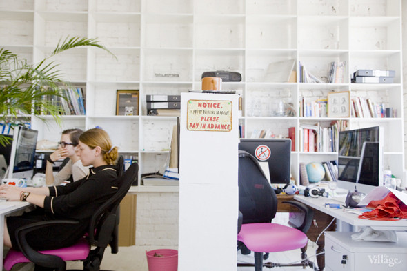 Офис недели: «Большой Город» и Slon.ru. Изображение № 38.
