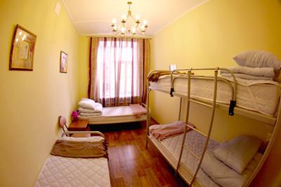 Свежий номер: 13 новых хостелов в Петербурге. Изображение № 5.